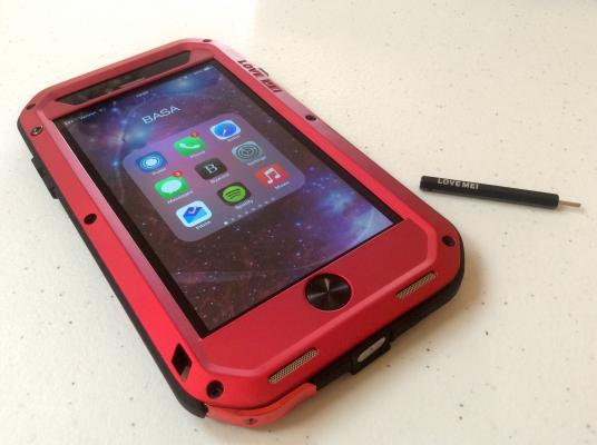iPhone 6/6 Plus Case of the Week: The Powerful by Love Mei.